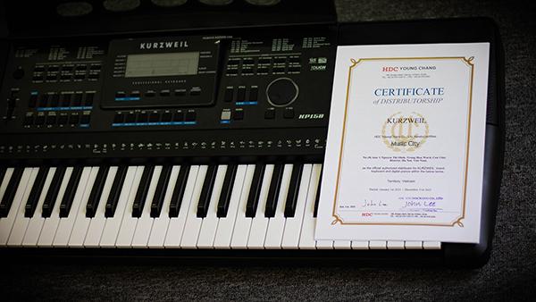 Giấy Chứng Nhận Thương Hiệu Kurzweil Trên Đàn Organ