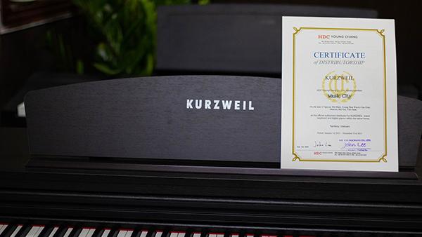 Giấy Chứng Nhận Thương Hiệu Kurzweil Trên Đàn Piano