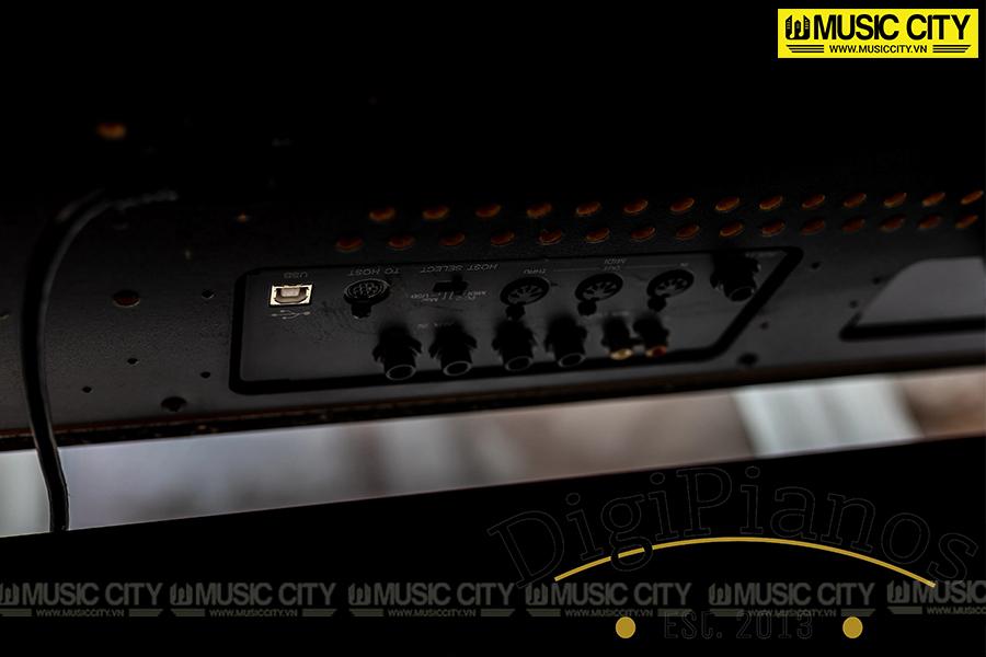 Hình ảnh đàn Piano Yamaha CLP220 tại Music City