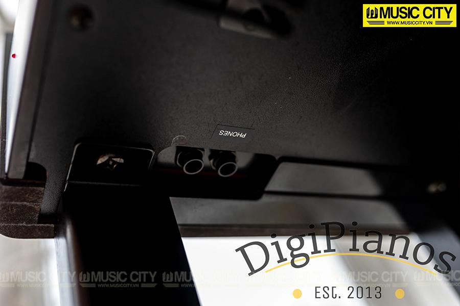 Hình ảnh Đàn Piano Yamaha CLP130 tại Music City